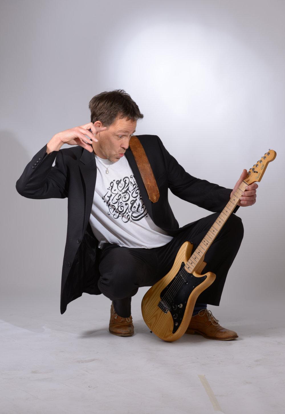 JWO – quarter-tone guitar